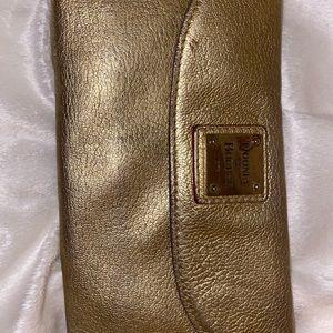 Dooney & Burke wallet
